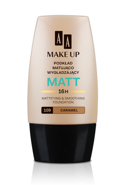 Mattifyng and smoothing foundation